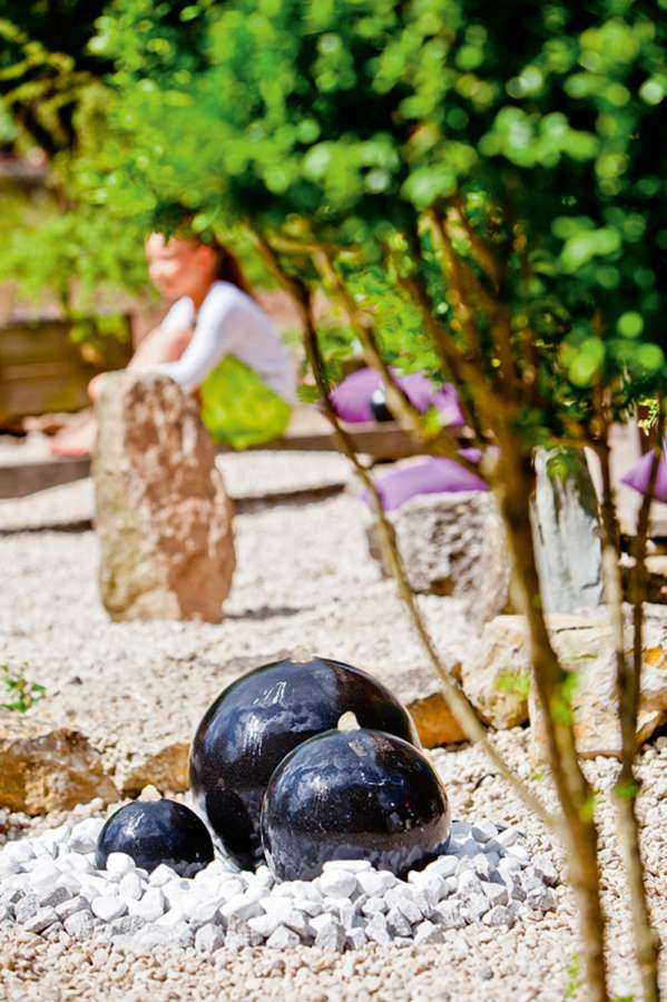 Heissner Zahradní fontána Saphira s LED